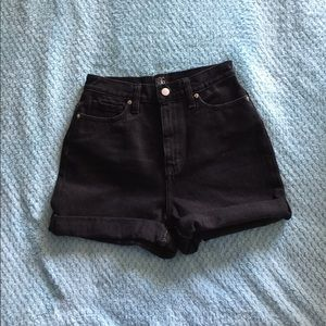 BDG Black High Rise Mom Shorts NWOT